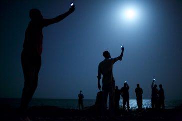 'SIGNAL' โดย จอห์น สแตนเมเยอร์ คว้ารางวัลภาพถ่ายประจำปี WORLD PRESS PHOTO OF THE YEAR 2013